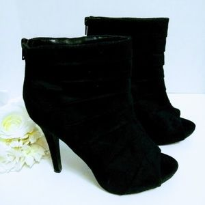 Paprika Black Heeled Suede Open Toe Bootie